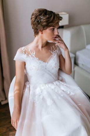 Свадебное платье ручной работы+украшение в подарок