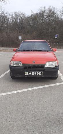 Продам Opel кадет 1986 года ГБО