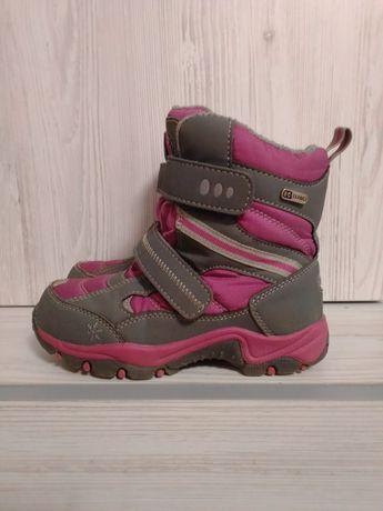 Зимние термо-ботинки для девочки фирмы B & G, 30 размер