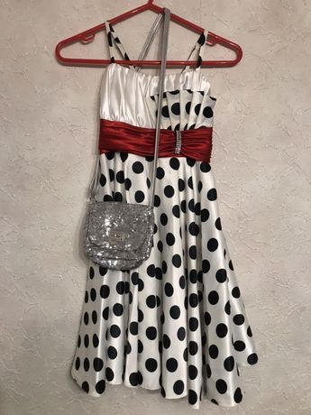 Нарядное праздничное платье  сукня на девочку 6- 10 лет