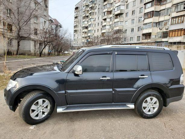 Mitsubishi pajero wagon 4
