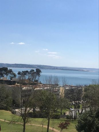 Apartamento T2 com vista de mar