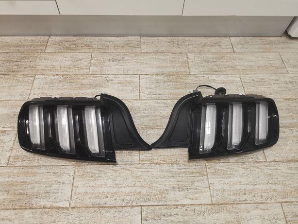 Задние фонари Ford Mustang 2014-2021