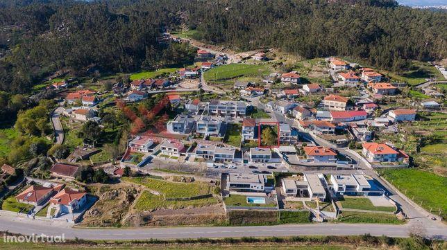 Lote de Terreno  Venda em Guisande e Oliveira (São Pedro),Braga