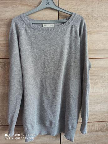 Elegancki sweterek do biura pracy z błyszcząca nitką