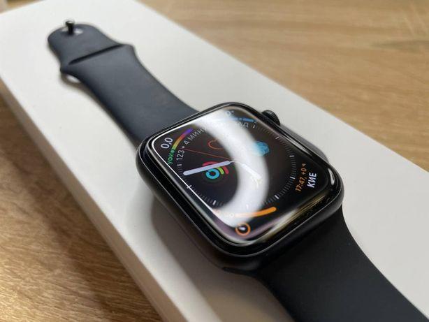Apple Watch SE 44mm Space Gray 2020 года
