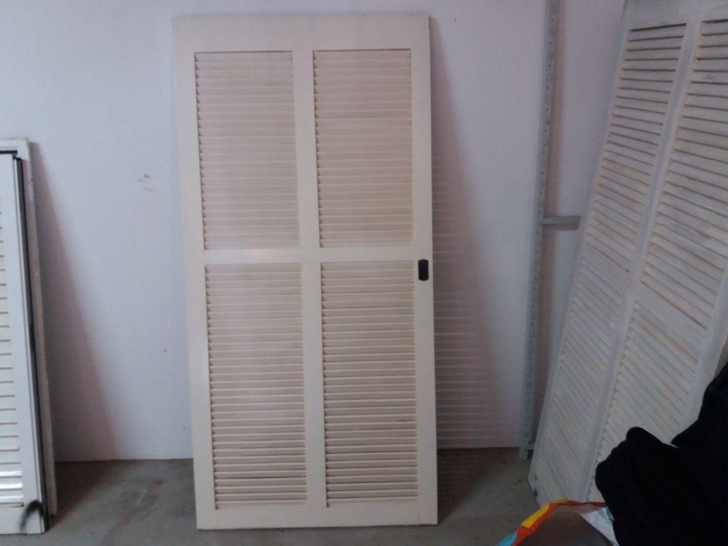 Portadas madeira maciça bom estado medidas 1.83 a 68 l
