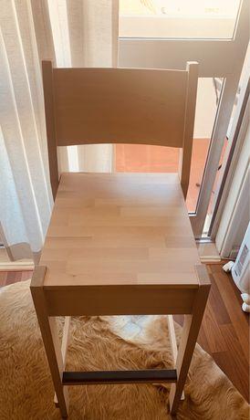 Conjunto de Mesa alta, cadeira e bancos ikea