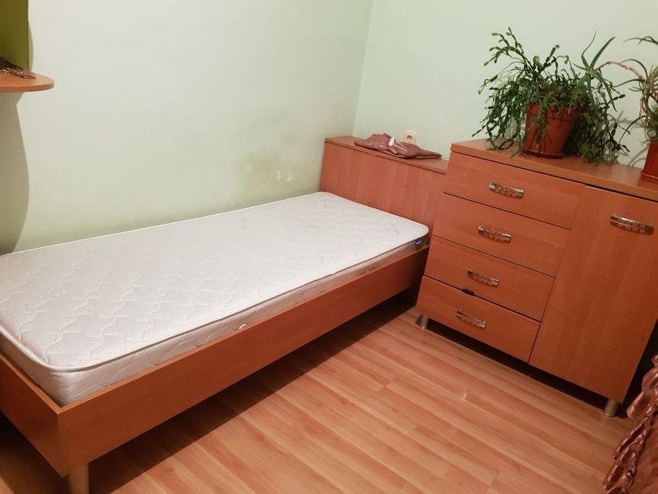 Кровати , комод , шкаф , стол компьютерный и стенка для книжек . Черкассы - изображение 1