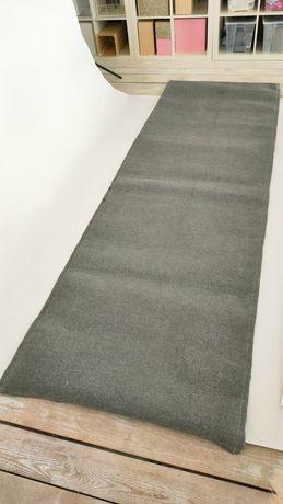 Używany dywanik, dywan