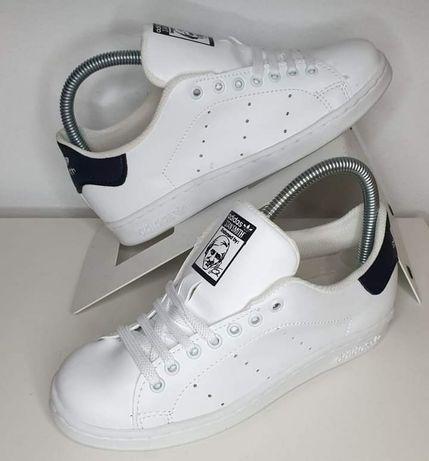 Ténis Brancos Adidas
