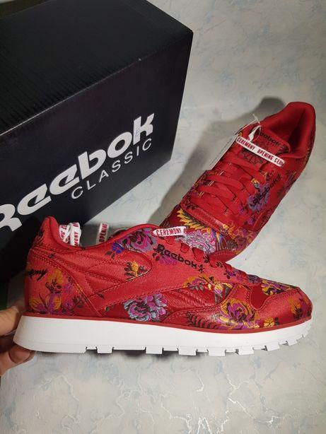 Красные кроссовки Reebok cl lthe oc unisex 38.5 стелька 25см