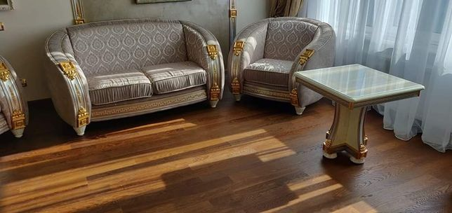 Перетяжка и полная реставрация мягкой мебели. На дому или в цеху.