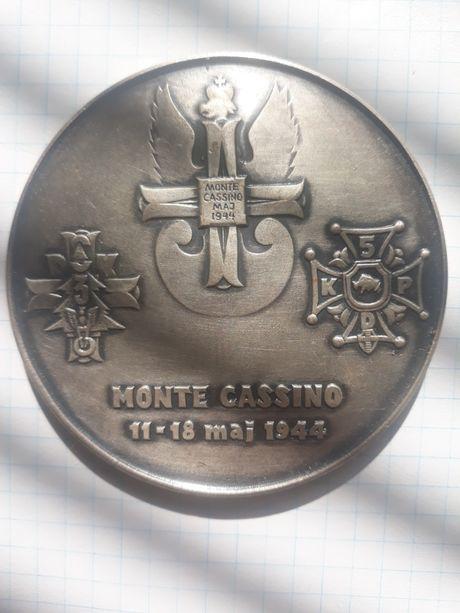 Продам Медаль чи монету