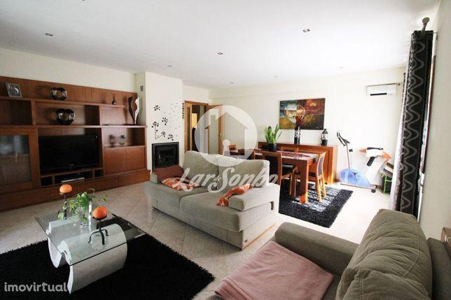 Excelente apartamento T2 no Castêlo da Maia