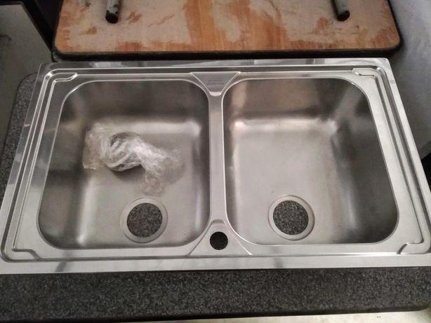 lava-louça de pia dupla