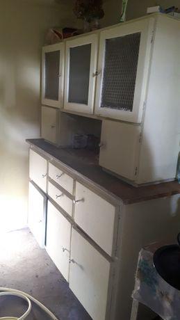 Kredens kuchenny do renowacji