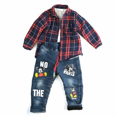 Продам модный лук на мальчика теплые джинсы микки маус + 4 рубашки