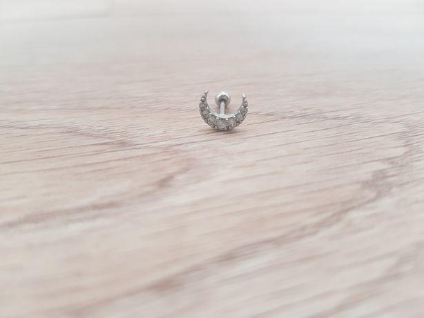 Piercing de orelha em aço cirúrgico