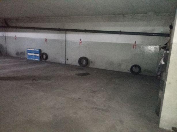 Garagem ou Armazém para recolha auto