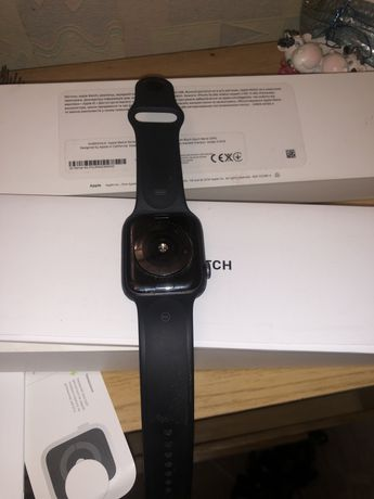 Apple Watch ;Series 4; 44mm