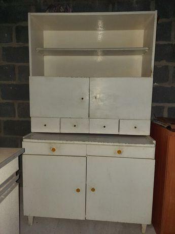 Кухонный шкаф деревянный