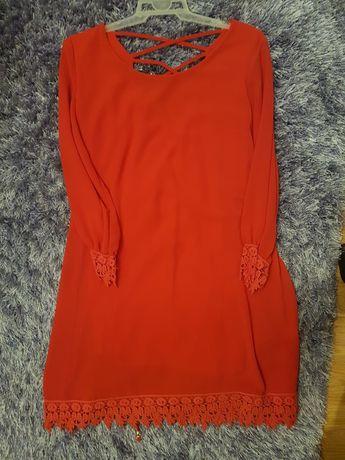 Czerwona sukienka, idealna na święta