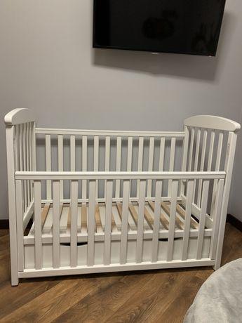 Детская кроватка + матрас и наматрасник в подарок