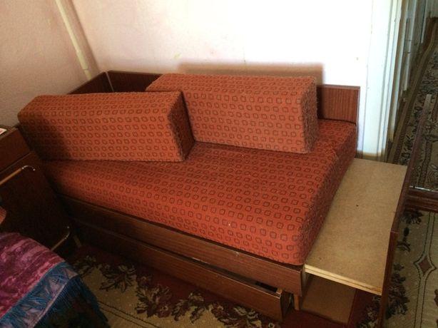 Дитячий диванчик ліжко трансформер.