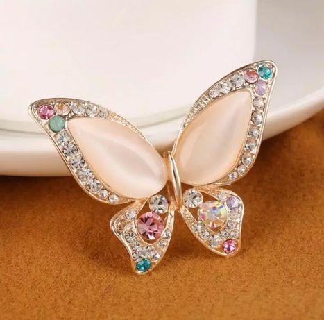 Motyl broszka nowa  kolorowy motylek