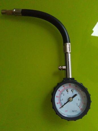 Calibrador de pneus