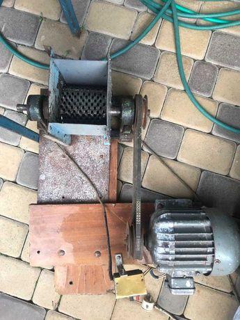 Електротерка ,двигун ДАО-370-1,5-УХЛ4.(220V,50Hz,4,8A)