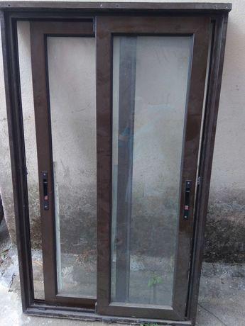 Janelas usadas em aluminio, vidros simples
