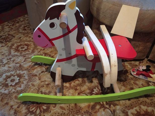 Лошадка  детская деревянная