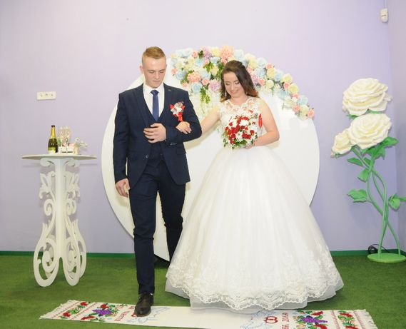 Фотосъемка видеосъемка свадьба утренники выпускной тамада музыка свет