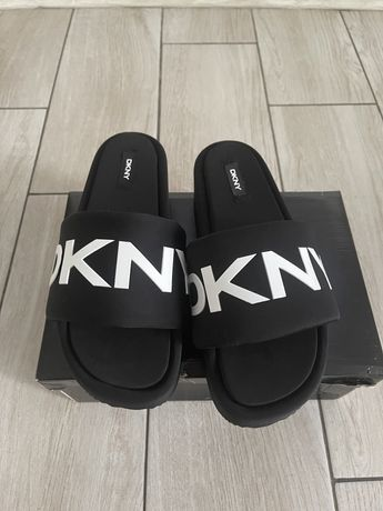 Тапки DKNY