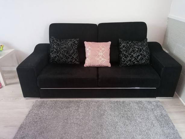 Sofa 3 lugares com encosto reclinável.