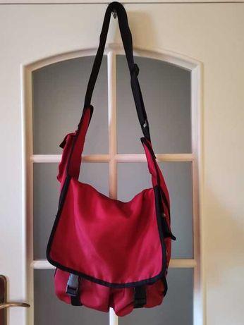Używana torba na wózek marki Quinny.