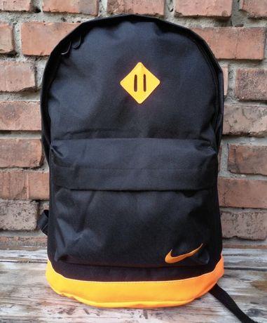 Новый рюкзак для мальчика Nike.