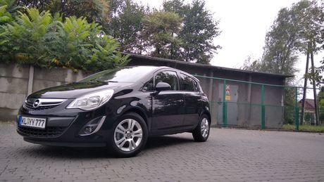 Opel Corsa 2012r benzyna (podgrzewana kierownica, siedziska i inne)