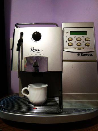 Продам кофемашину saeco professional