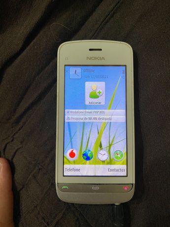 Nokia C5-03 usado