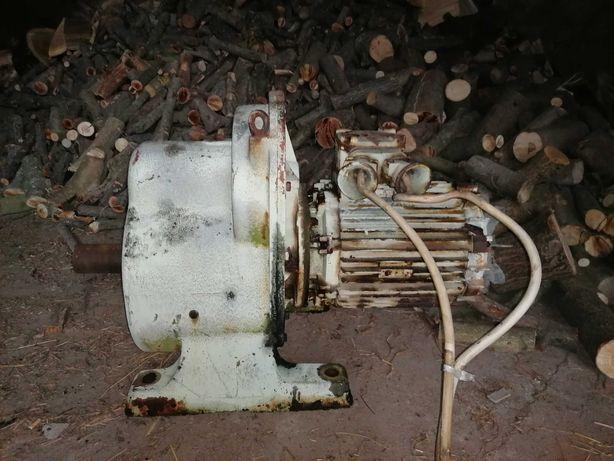 Silnik elektryczny z przekładnią