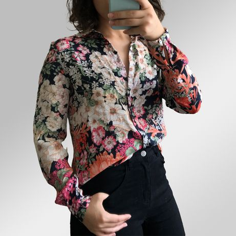 Camisas Blusas Várias (Bimba y Lola, Sportmax Max Mara, Hugo Boss)
