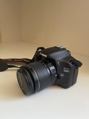 Фотоаппарат Canon EOS 550d 18-55 IS Kit Black