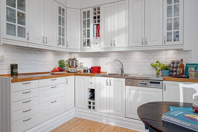 Меблі автентичного дизайну. Мебель аутентичного дизайна. Кухня. Шафа.