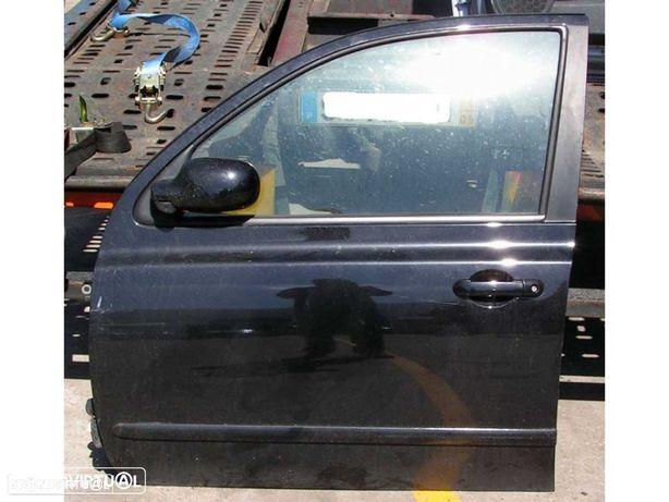 Porta Nissan Micra K12 várias