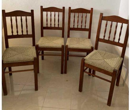 4 Cadeiras em ótimo estado