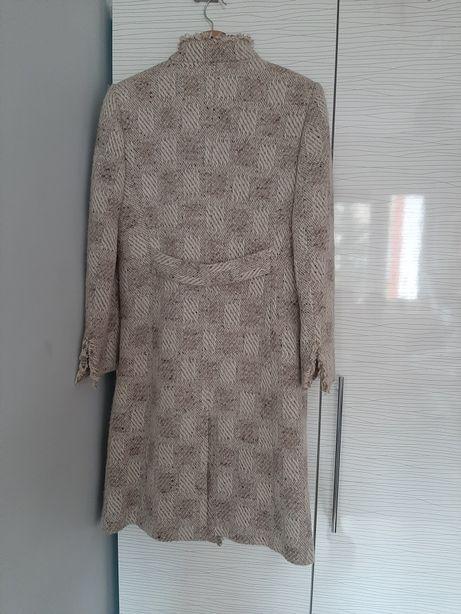 Piekny płaszcz Monnari roz. 38