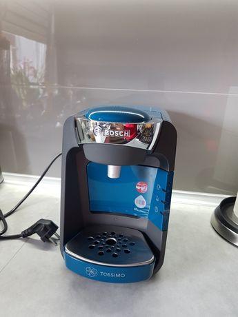 Expres do kawy kapsułkowy  Tassimo sporadycznie użyty POLECAM